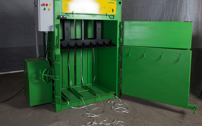Купити Vertical Baler, Vertical Press, Vertical Packing Machineпрес для пет пляшок Riko RT